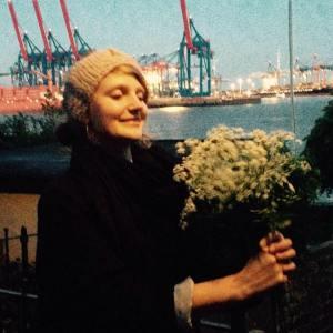 Johanna Frank- Profile Pic